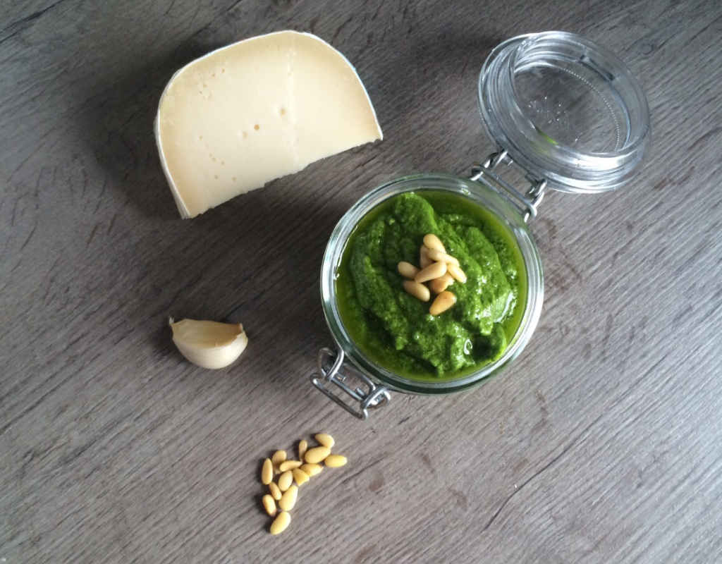 Homemade IdeB pesto!